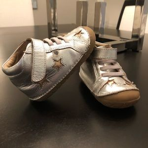 Old Soles size 5 sneakers